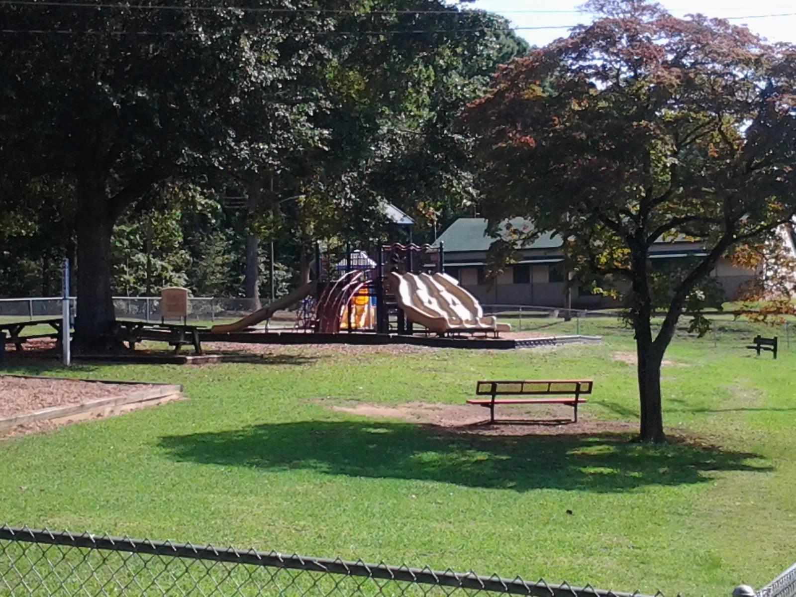 holly oak park city of shelby