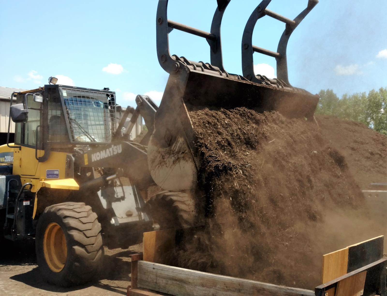 loading of compost
